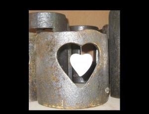 Κεραμική κορνίζα με πορσελάνινη καρδιά
