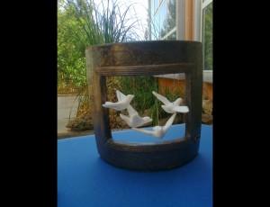 Ceramic frame with 4 porcelain birds