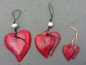 Ceramic hearts for wall