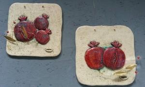 Ceramic wall tie, pomegranates 1
