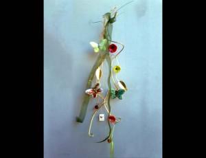 Σύρμα ορείχαλκος με κεραμικές πεταλούδες και λουλούδια