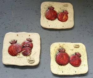Ceramic wall tie, pomegranates, 2